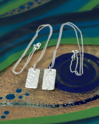 Rectangular wire print pendant necklace