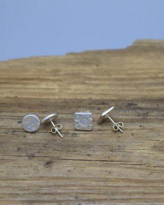 Bubble studs earrings
