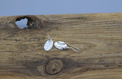 Oval bark embossed drop earrings