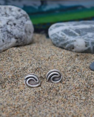 Surf wave eco stud earrings